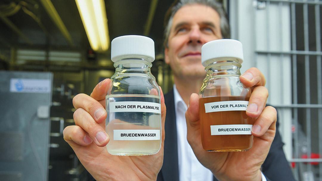 Plasmalyse Dr. Hanke mit Probenfläschchen