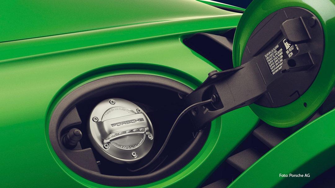 Porsche Tankdenkel Herstellung eFuels