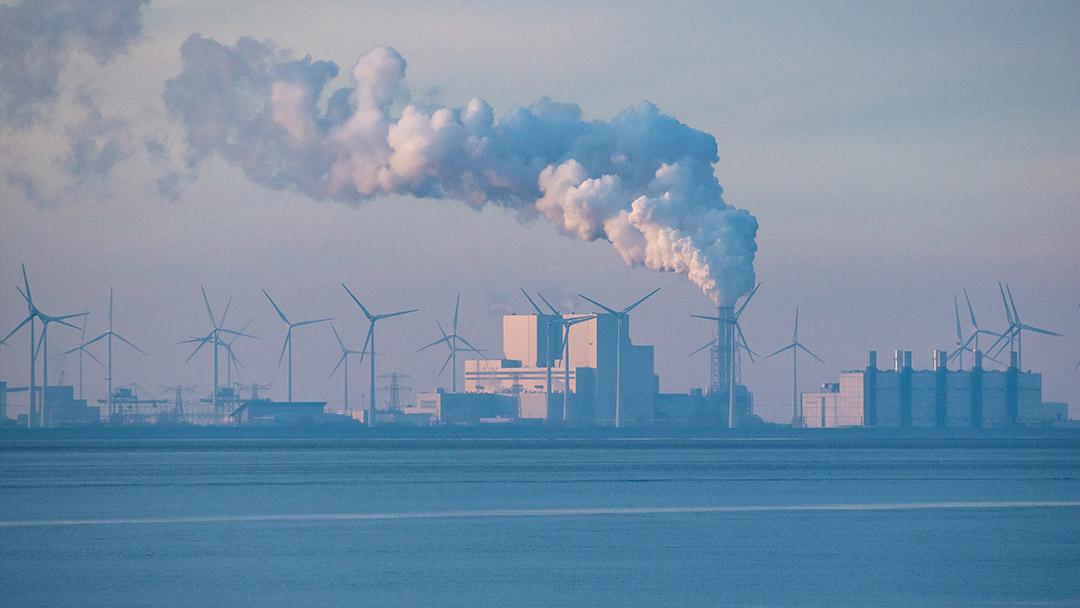 Klimaschutzgesetz geändert - Industrieanlagen und Windkraftanlagen